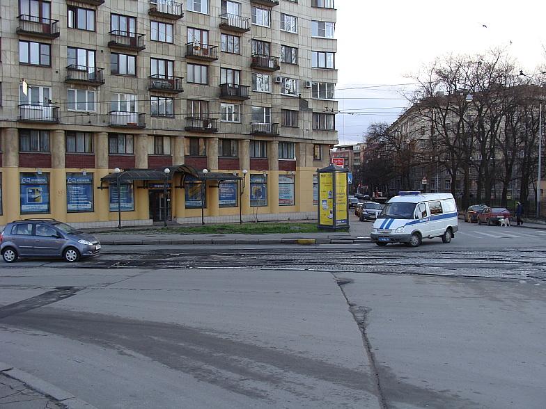 В Ленинграде тут на берегу Карповки был пивбар Янтарный